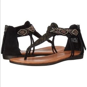 Minnetonka Shoes - Minnetonka Antigua T Strap Beaded Sandals